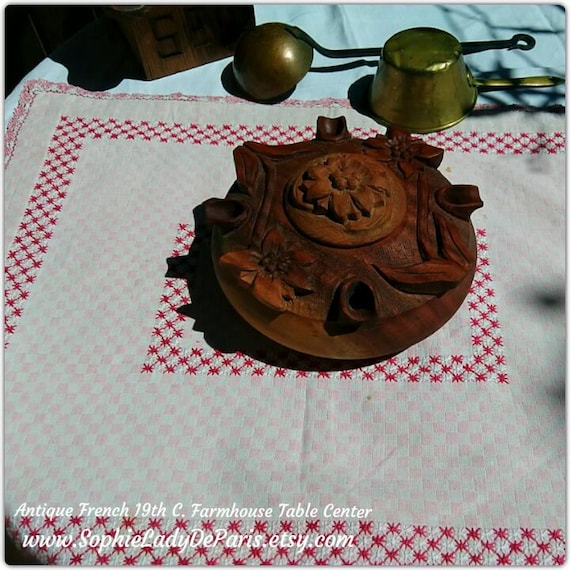Rustic Primitive Pink Gingham French Table Center Red Cross Stitched Lace Trim Metis Farmhouse Home Decor Linen Lined #sophieladydeparis