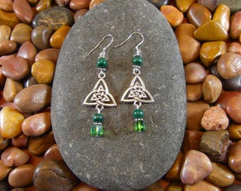 Malachite Celtic Triquetra Earrings - Celtic Earrings, Triquetra Earrings, Malachite Earrings, Celtic Jewelry, Celtic, Irish Earrings