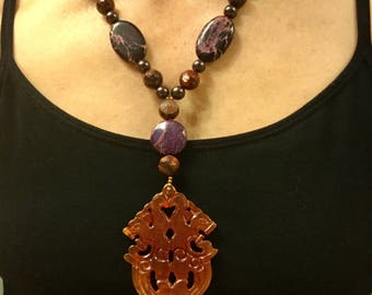 Carved Jade pendant beaded necklace