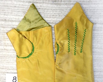 18th Century Size _8_ Ladies Colonial Silk Mitts   # 8.0.1