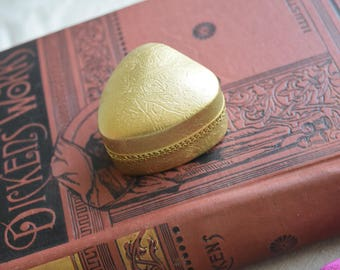 ANtique Heart Shaped Ring Box, Leather velvet gold ring box, Wedding Proposal Box, Jewelry gift for her