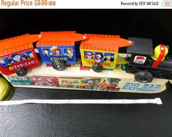 10% OFF 3 day sale Western Express Comic Zig-Zag Tin Toy Wind Up Train Made In Korea vintage