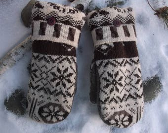 Cozy Sweater Mittens made from recylced sweaters, fleece lined, so warm and cozy tan and brown design, so warm and cozy