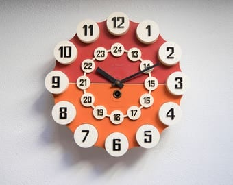 Vintage Mid Century Modern Wall Clock, Soviet Wall Clock, Living Room  Decor, Red