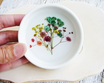 Colorful Flower Ceramic Ring Dish, Real Flowers Dish, Pressed Flowers Ring Dish, Rustic Wedding Gift,  Jewelry Organizer, Floral Bowl