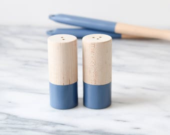 Wood Salt and Pepper Shaker Set - Sailor Blue | Wedding Table Salt and Pepper | Wedding Favors | Kitchen Decor | Hostess Gift