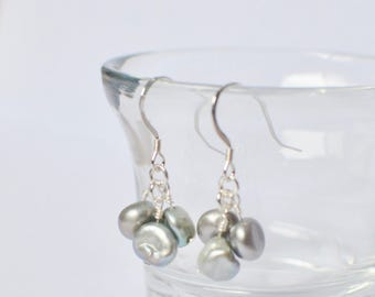 Tiny Pearl Earrings, Cluster Earrings, Tiny Jewelry, Petite Earrings,Simple Dangle Earrings,Little Silver Feminine Freshwater Pearl Earrings