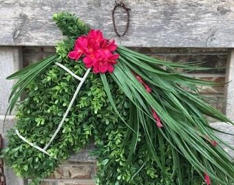 Summertime Boxwood Horse Wreath