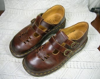 Dr Martens T Strap Mary Janes. Rare P1055739, Brown. US7, UK5. MIE England 1990s. Like AG Kit's!