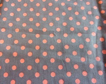 Salmon and 50 * 70 cm grey polka dot fabric coupon