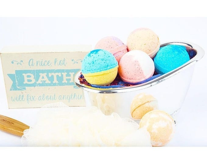 Fragrant Bath Bombs, 6 Pack Premium 4.5 oz. Fruity Bathbombs, Handmade Bath Fizzie, Vegan Bath Fizzy, Bath Bomb Gift Ideas, Bath Fizzer,