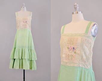 Teens Dress // 1910's Green Cotton Organdy & Lace Lawn Dress  // S-M