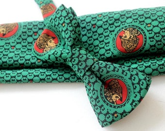 bow tie,mens bow,bow,handkerchief,green-red with Motiv