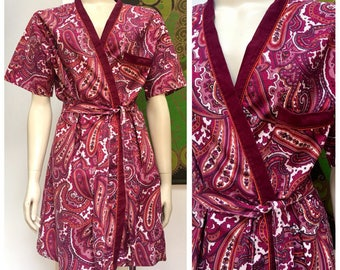 70's Vintage purple PAISLEY cotton dressing gown