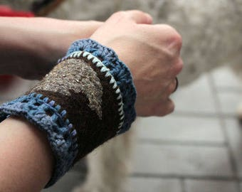 "wool bracelet ""Retro leaf"""