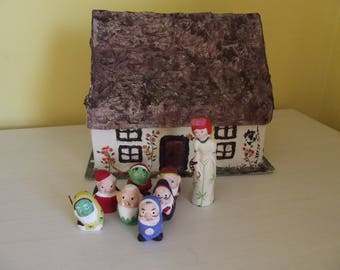 Snow white and the 7 dwarfs with cottage 1970s