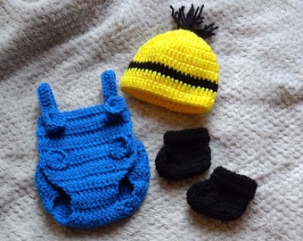 NICU Adorable Baby Minion, size Micro Preemie 2-3 lb, 3-4 lb, Preemie, 0-3 months, Reborn, Outfit/Set Hat,Overalls, and Booties costume