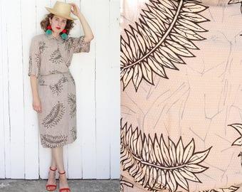 Vintage 80s Dress | 80s Does 40s Taupe Palm Leaf Print Dress | Medium M