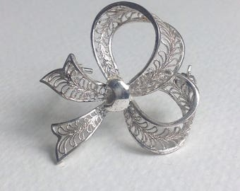 Silver Filigree Bow - Vintage Brooch - SignedSilver  - Gifts for her - Womens Gifts
