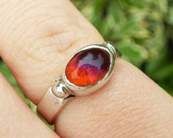 Vintage / Sterling Silver Art and Crafts Dragons Breath Glass Ring / Size I