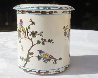 1940 French vintage  round tin box  ,white tin box, birds decor, biscuits box ,tea box,coffee box,sugar box,round tin box