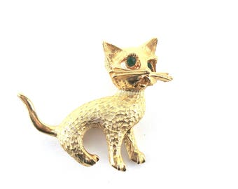 Vintage Brooch Pin Figural Cat with Green Rhinestone Eyes, Vintage Pins, Gifts for Mom