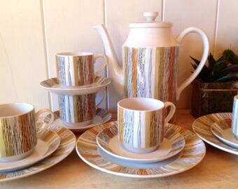 Midwinter - Mid Century -Sienna Coffee Pot with 5 matching cups and saucers and three side plates