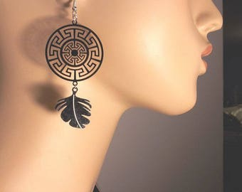 TRIBAL FEATHERS SMALL DREAM EARRINGS