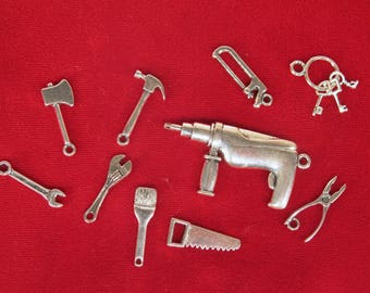 "SET! 10pc ""tools"" deluxe charms set in antique silver style (BC1308)"