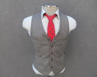 1970s Vintage Gray Vest / Gray Waistcoat Size 38 Medium Med / Wool Vest / Wool Waistcoat / Mens Suit Vest / 70s Vintage Waistcoat / Wedding