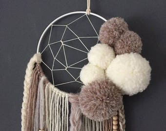 DreamCatcher in taupe and off white