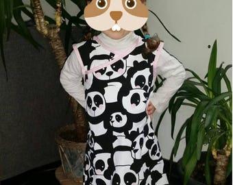 Dress hides heart sleeveless, hooded boucle.