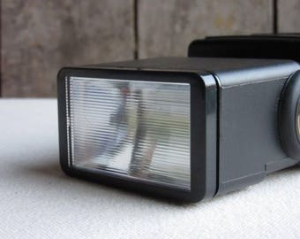 Vintage Sunpak Auto 383 Super Flash, Manual Camera, Photography, 35mm, 120 Medium Format, Film, Analogue, Hot Shoe, 35mm Manual Camera Flash
