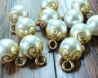 Vintage Pearl Buttons, Pearl Shank Buttons in Gold Metal Alloy 10mm