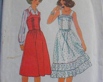 41% OFF 1970's Misses' Ruffle Bottom Dress / Jumper Simplicity Sewing Pattern 8015 Size 8 Bust 31