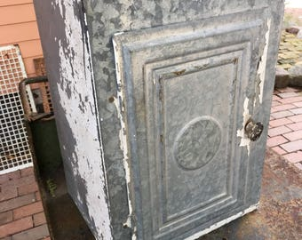 Early 1900s Galvanized TIN Bread & Pie CABINET SAFE