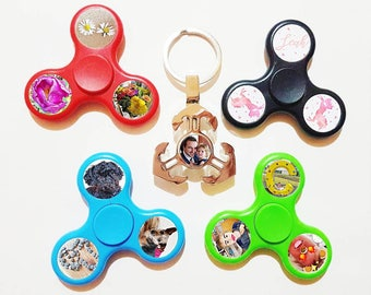 Personalised custom fidget spinner toy gift own image photo red green blue black keyring present novelty stress relief christmas stocking
