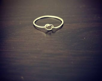 Silver knot ring, size 8