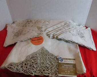 """Belegian Tablecloth  imported 100 % Linen pattern Florentine with Venetian style handmade lace edging & matching napkins No. 350 for 72 """" Rd"""