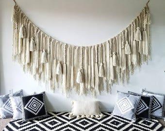 Extra large macramé wall hanging/macramé wall hanging/woven wall hangings/Yarn wall hanging/yarn tapestry/large wall art/macramé  curtain
