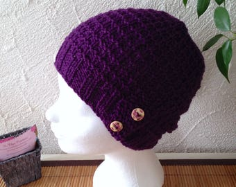Woman or teen in violet structured Hat