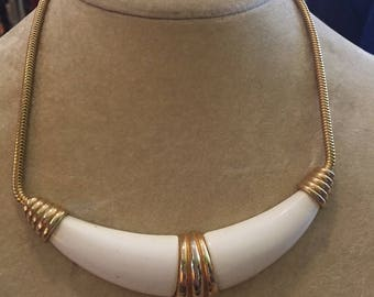LONG HORN // Gorgeous Vintage Gold and White Bib Necklace
