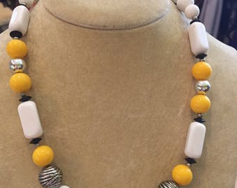 1980S // 80s MUSTARD // Multi Beaded Single Strand Necklace
