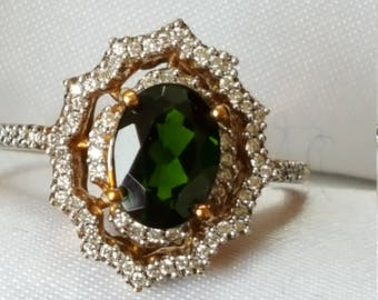 Vintage Green Diopside and Diamond Ring