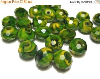 50% OFF Clearance Sale-- 20pcs Olive Green Rondelle Faceted Chevron Glass Crystals