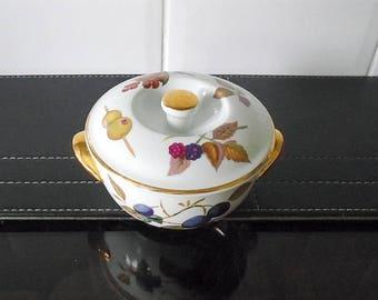 Royal Worcester Evesham Individual Lidded Casserole Dish shape 23 size 4