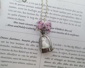 Necklace vial dome white cat