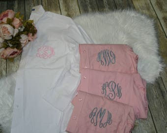 set of 5 monogrammed bridesmaid shirts, button down shirts, oxford shirts, getting ready shirts, bridesmaid gift, bridesmaid pajamas