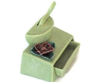 Vintage Don Jay Ceramics wall pocket, lime green coffee grinder wall pocket with 3-D maroon flower, farmhouse décor, mid-century décor