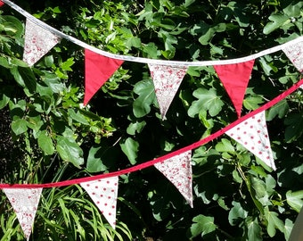 Red floral fabric bunting, garden party bunting, wedding bunting, wedding garland, party decor, shabby chic bunting